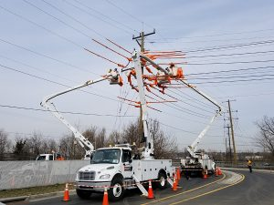Linemen safety on jobsite